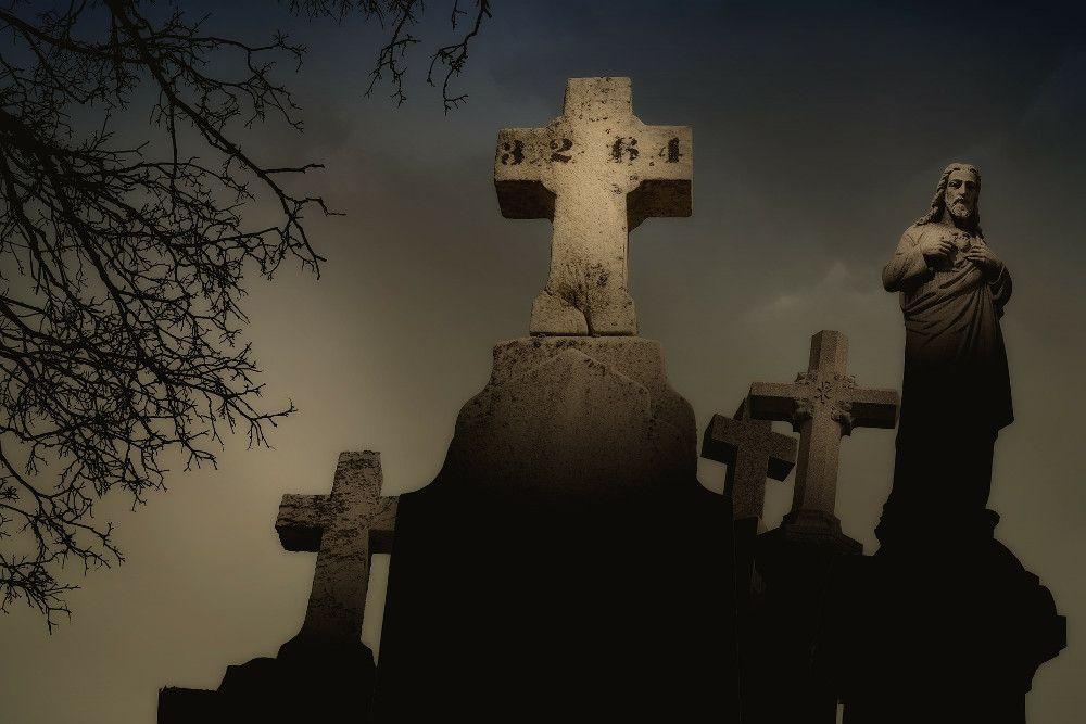 Tradizione liturgica e tradizione di sepoltura Apostolica